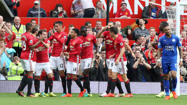 united-leicester-rout.jpg