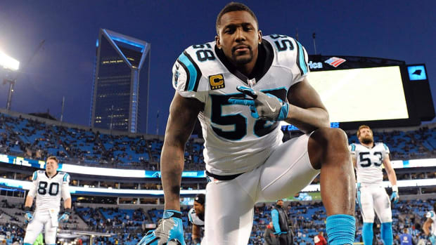 Thomas Davis planning on playing in Super Bowl with broken arm - IMAGE