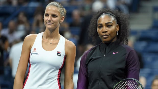 Serena Williams upset by Karolina Pliskova in U.S. Open semifinal IMAGE