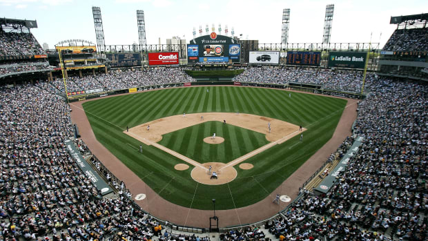 white-sox-stadium-name-guaranteed-rate-field.jpg