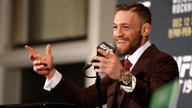 Conor McGregor, Dana White reunited? -- IMAGE