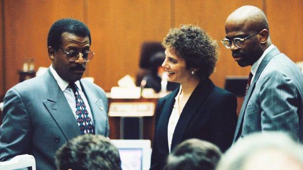 oj-simpson-trial-lawyers-talk.jpg