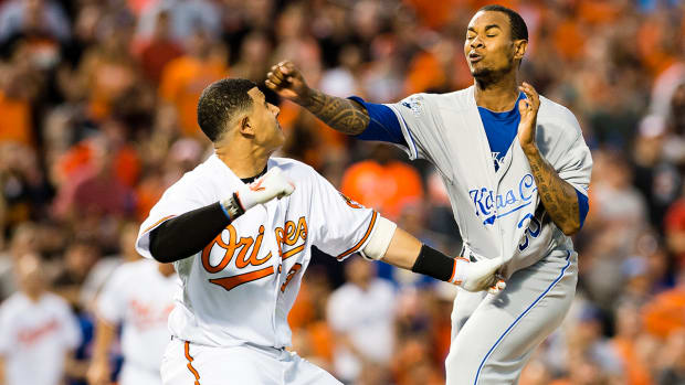 2157889318001_4931644512001_608-MLB-fight.jpg