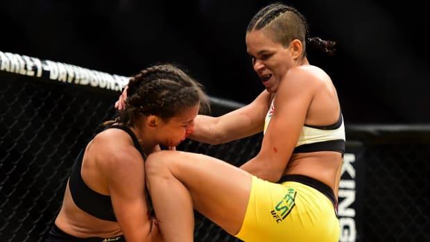 UFC 200: Brock Lesnar, Amanda Nunes win big -- IMAGE