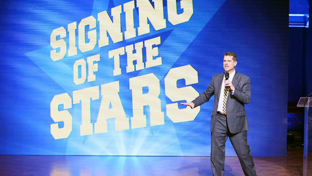 jim-harbaugh-michigan-football-recruiting-signing-stars.jpg