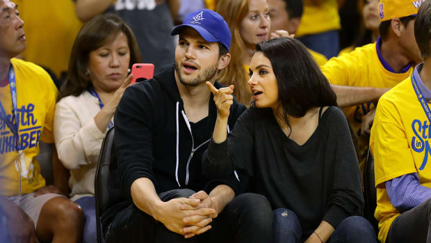 2016-0605-Ashton-Kutcher-Mila-Kunis.jpg