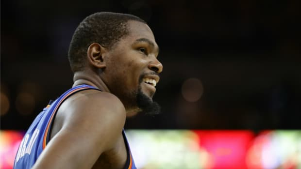 kevin-durant-warriors-thunder-fan-crying-video.jpg