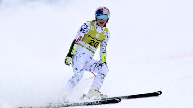 lindsey-vonn-world-cup-skiing-alpine-super-g-combined-960.jpg