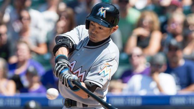 Ichiro joins the 3,000 hit club - IMAGE