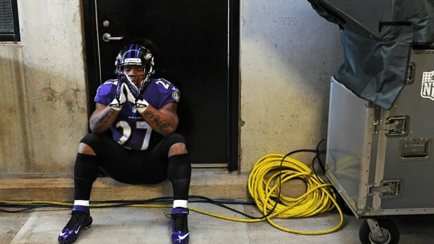 Ray Rice talks about sexual assault on college campuses -- IMAGE