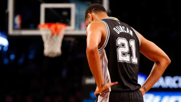 Spurs' Tim Duncan will not play vs. Warriors -- IMAGES