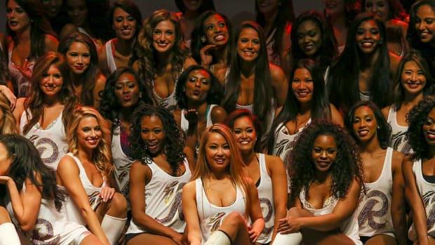 Washington-Redskins-cheerleader-auditions-Q11A7081.jpg