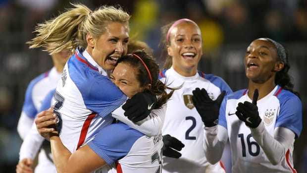 uswnt-vs-colombia-friendly-match-goal-highlights-video.jpg