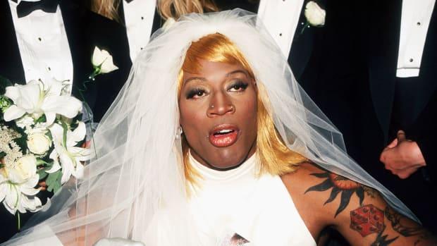 1996-0821-Dennis-Rodman-wedding-dress.jpg