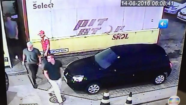 ryan-lochte-robbery-gas-station-video.jpg