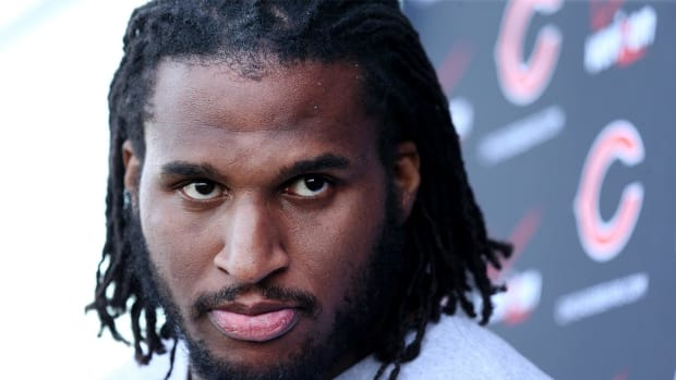 New video shows ex-NFL player Ray McDonald threatening ex-fiancée, infant son - IMAGE