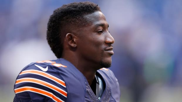 Bears release safety Antrel Rolle--IMAGE