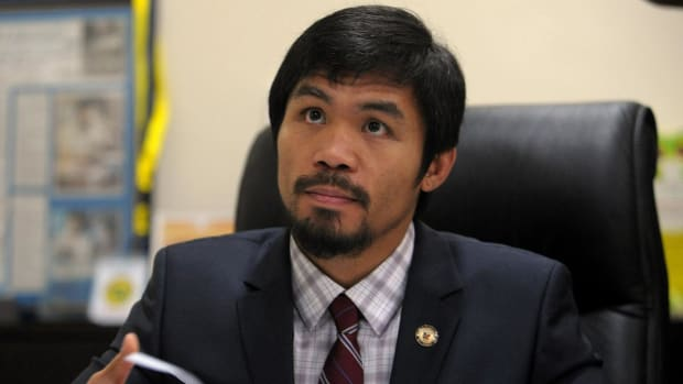 Manny Pacquiao says he's 'not bothered' by celebrity criticism -- IMAGE