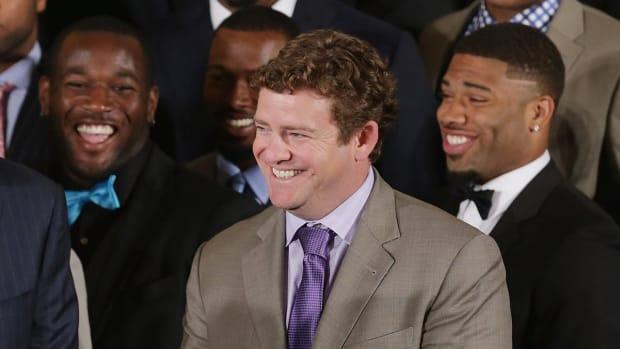 Seahawks extend GM John Schneider -- IMAGE