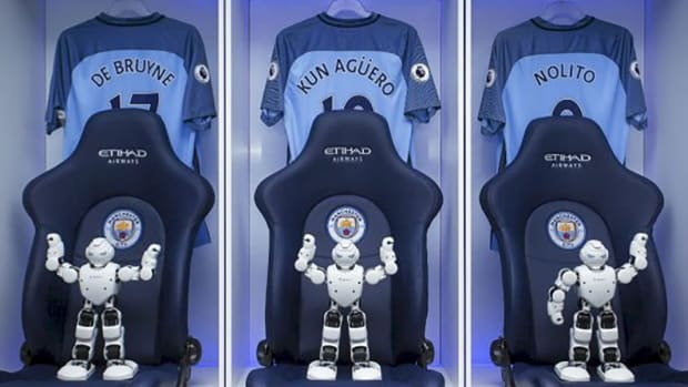 manchester-city-ubtech-robots.jpg