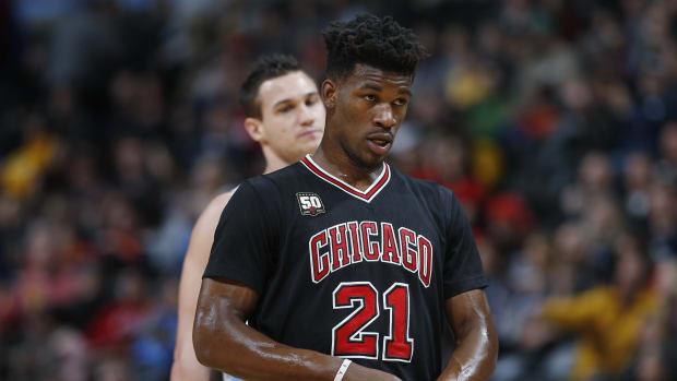jimmy-butler-bulls-knee-injury.jpg