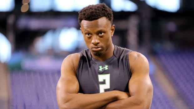 Falcons asked former Ohio State CB Eli Apple if he likes men -- IMAGE