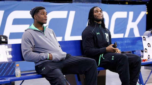 jaylon-smith-cowboys-myles-jack-jaguars.jpg