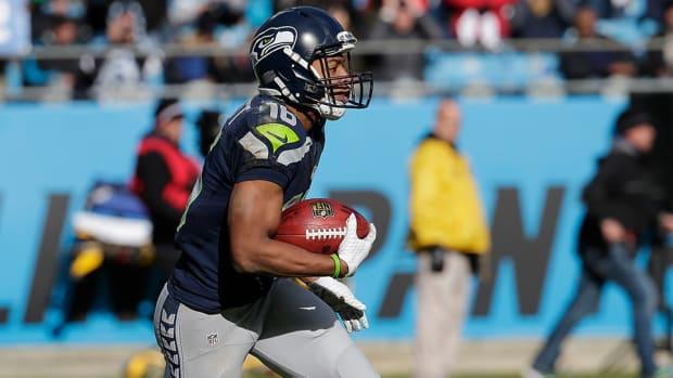 tyler-lockett-seahawks-panthers-touchdown-video.jpg