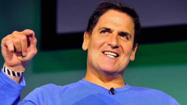 Mavericks owner Mark Cuban 'open to discussing' being Hillary Clinton's V.P. -- IMAGE