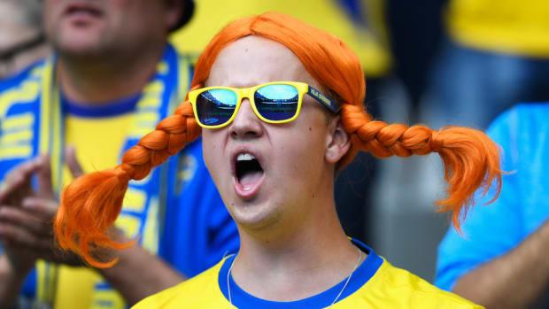 ireland-sweden-fans-dancing-queen-video.jpg