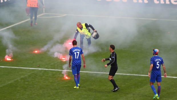 euro-2016-croatia-fan-violence.jpg