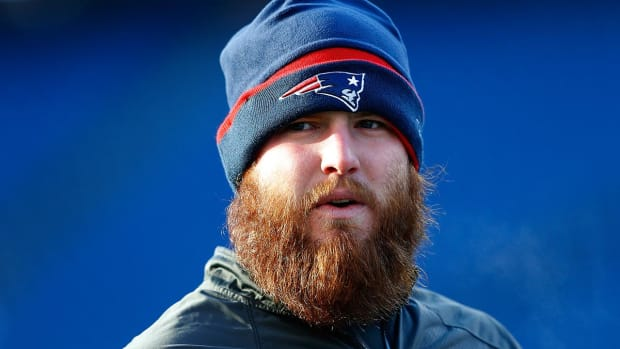 Report: Patriots C Bryan Stork fails physical, trade to Redskins reversed - IMAGE