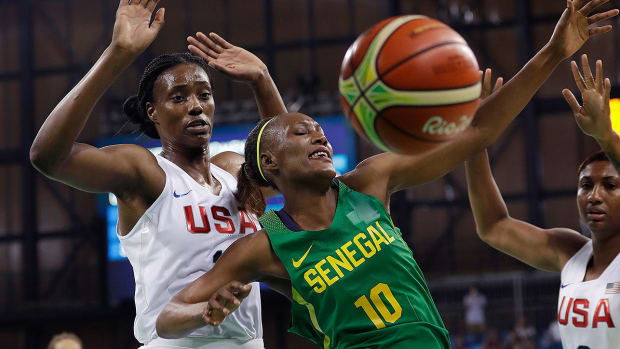 us-senegal-womens-basketball-rio-olympics.jpg
