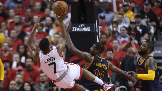 Raptors must win on the road to take lead in series with Cavaliers--IMAGE