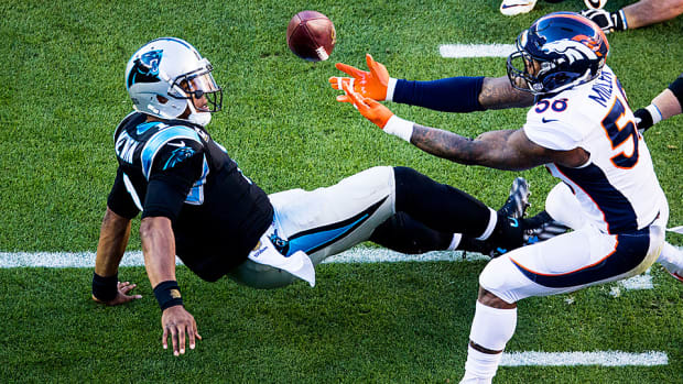 super-bowl-50-broncos-defense-von-miller-panthers.jpg