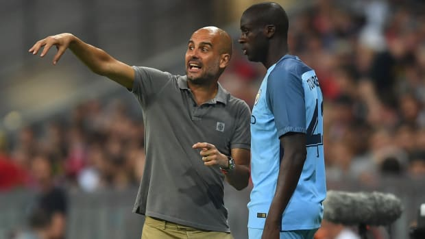 pep-guardiola-yaya-toure-man-city.jpg