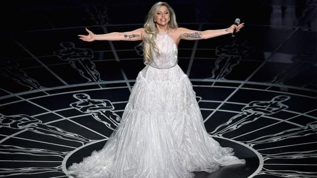 Lady Gaga will sing the national anthem at Super Bowl 50--IMAGE