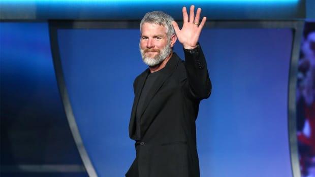 Brett Favre headlines 2016 Pro Football Hall of Fame class - IMAGE
