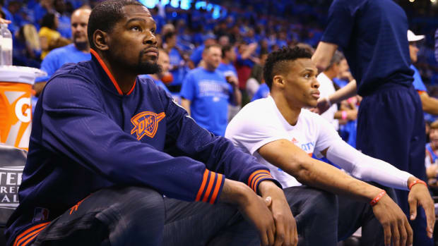 kevin-durant-russell-westbrook-thunder-warriors-recruiting.jpg