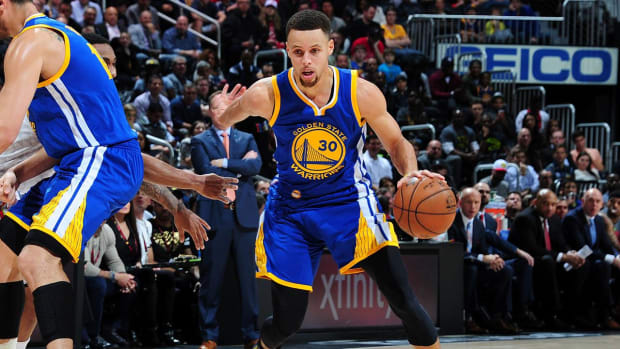 Warriors fastest to 50 wins in NBA history--IMAGE