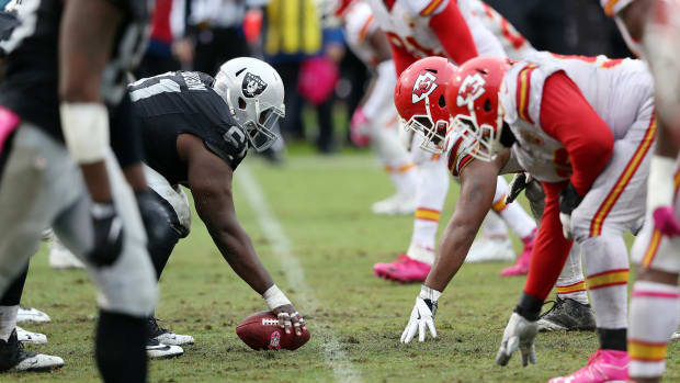 chiefs-raiders-rivalry.jpg