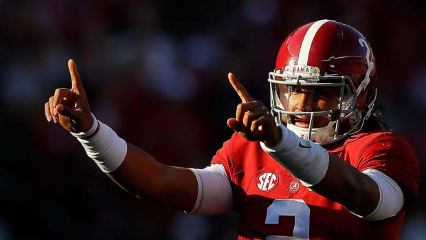 No. 1 Alabama rolls to comfortable win over No. 13 Auburn--IMAGE