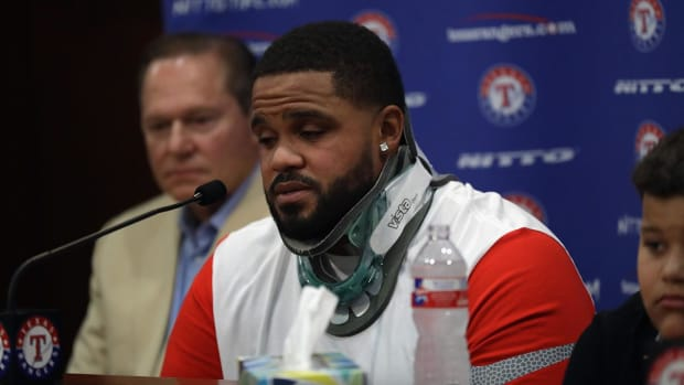 Prince Fielder says emotional goodbye to baseball - IMAGE