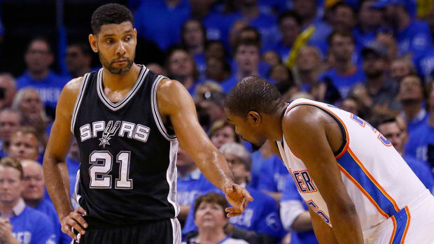 Tim Duncan noncommittal about future after Game 6 loss to Thunder - IMAGE