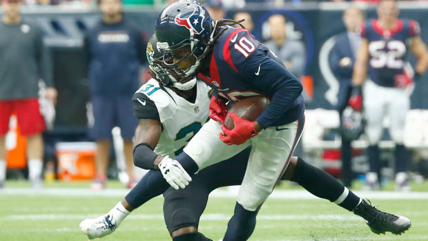 deandre-hopkins-contract-option-picked-up-texans.jpg