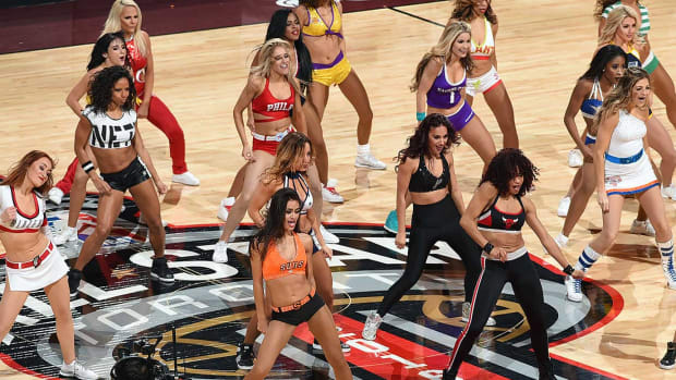 NBA-All-Star-Weekend-Dancers-510095810.jpg