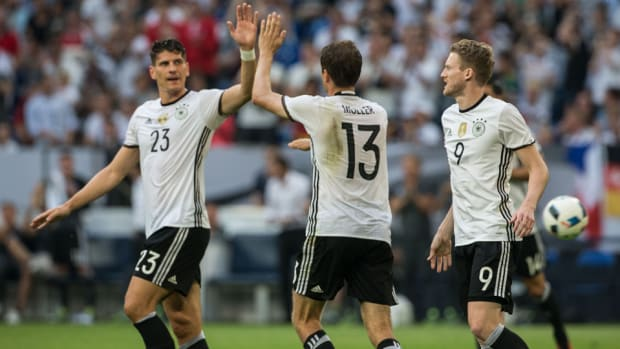germany-euro-2016-mario-gomez.jpg