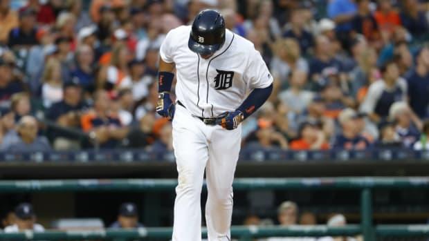 tigers-miguel-cabrera-injury-biceps.jpg