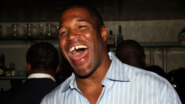michael-strahan-gma-full-time.jpg