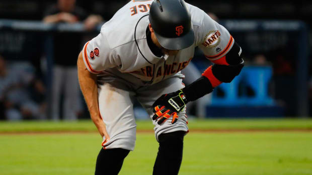 SF Giants' Hunter Pence out two months with torn hamstring - IMAGE